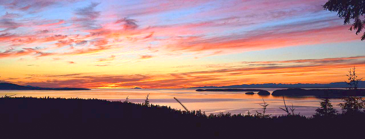 Strait_of Georgia from Orcas Island gudgell group